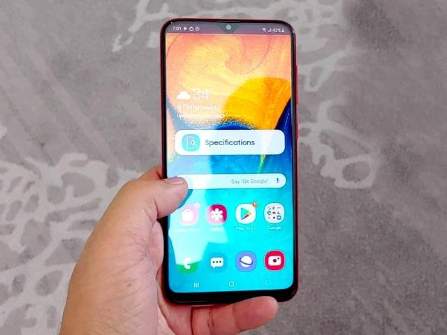 Samsung Galaxy A20 Phone